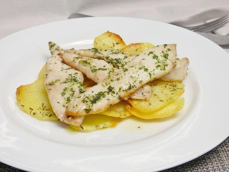 Patatas con Pechuga